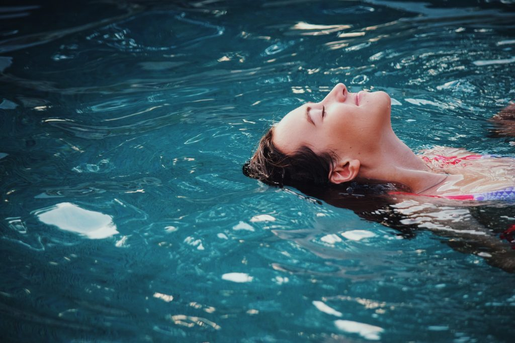 swimming while pregnant